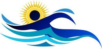 游泳徽标 免版税库存图片