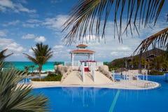 游泳池在旅馆Gaviota Cayo圣玛丽亚里 古巴 库存照片