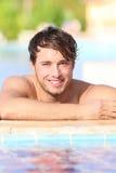 游泳池的人 免版税库存照片