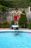 游泳池边夏天 免版税库存图片