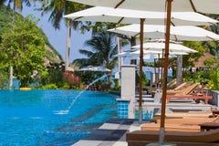 游泳池,泰国。 库存图片