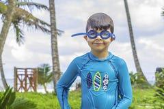 游泳男孩 免版税图库摄影