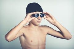 年轻游泳者 免版税库存照片