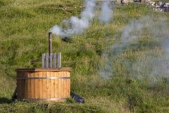 游泳衣木盆在自然 免版税图库摄影