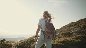 游牧人行家千福年的背包徒步旅行者游人 影视素材