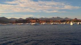 游船停车处反对西奈山的背景的 影视素材