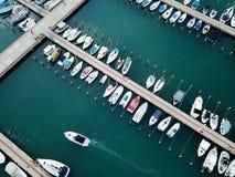 游艇俱乐部的顶视图在亚实基伦 免版税库存照片
