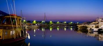 游艇在海滨广场 库存照片