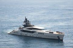 游艇在港口在摩纳哥 免版税图库摄影