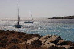 游艇是美丽的盐水湖在晴朗的夏日 库存照片