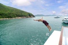 从游艇的顶端倾没 免版税库存照片