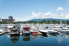 游艇,温哥华港口 免版税图库摄影