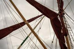游艇索具风帆和帆柱岗位 库存图片