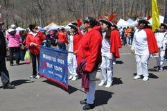 游行在第37个每年黄水仙节日在梅里登,康涅狄格 库存照片
