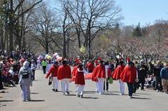 游行在第37个每年黄水仙节日在梅里登,康涅狄格 图库摄影