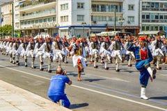 游行改变卫兵在雅典 免版税库存图片