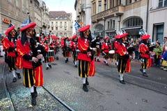 游行, Waggis,狂欢节在巴塞尔,瑞士 图库摄影