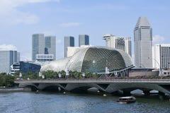 游览小船广场剧院新加坡小游艇船坞海湾 库存图片