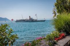 游览小船 免版税图库摄影