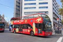 游览车在巴塞罗那,西班牙 库存图片