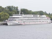 游轮北欧海盗Ingvar 免版税库存照片