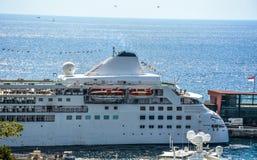 游轮在摩纳哥 库存照片