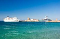 游轮在港口。希腊,罗得岛。 免版税图库摄影