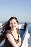 游轮微笑的妇女 免版税库存照片