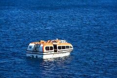 游轮招标在开曼群岛 库存图片