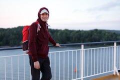 游轮甲板的游人  免版税库存照片