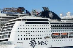 游轮靠码头在肋前缘玛雅人墨西哥 免版税库存图片
