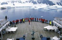 游轮马可・波罗在LeMaire港口,南极洲 免版税库存照片