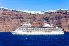 游轮,圣托里尼海岛 库存图片