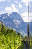 游遍落矶山的岩石登山家火车 免版税库存图片