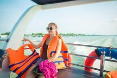 湄公河三角洲巡航的游人 图库摄影