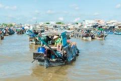 湄公河浮动市场 免版税图库摄影