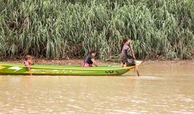 湄公河的孩子 库存照片