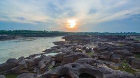 3000湄公河bok未看见的美丽的岩石  图库摄影