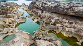 3000湄公河bok未看见的美丽的岩石  库存照片
