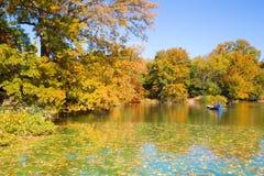 湖中央公园NY 库存照片