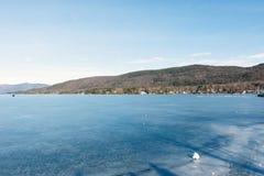 湖乔治冬天 库存照片