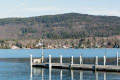 湖乔治冬天 库存图片