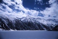 湖冬天 免版税库存照片