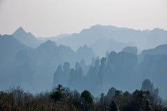 湖南天子山裕丰峰顶的张家界 免版税库存照片