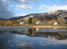 湖反映天空 库存图片