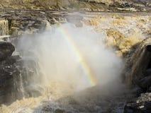 湖口瀑布,在黄河的最大的水秋天 库存照片