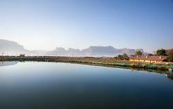 湖和山在印度 库存照片