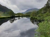 湖和登上,自然 免版税库存照片