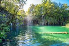 湖国家公园plitvice瀑布 克罗地亚,欧洲 免版税库存图片