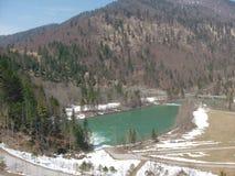 湖在与山的夏天 图库摄影